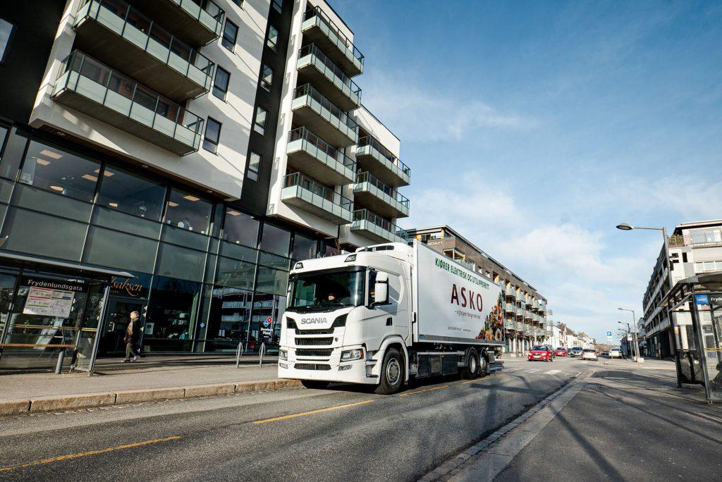 SCANIA: Elektryczne pojazdy ciężarowe w Oslo, Magazyn Ciężarówki