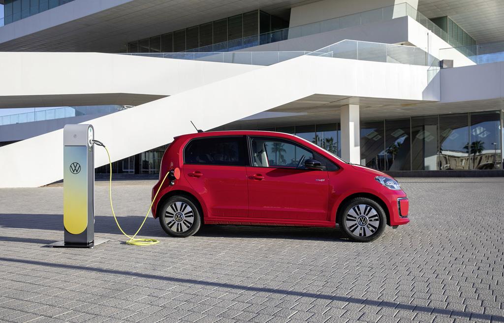 Volkswagen: Rośnie popyt na auta elektryczne i hybrydy, elemoto.pl