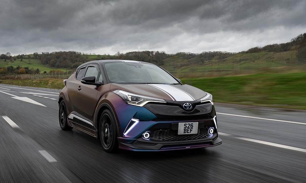 Eksperyment brytyjskiej tunerki – Toyota C-HR, elemoto.pl