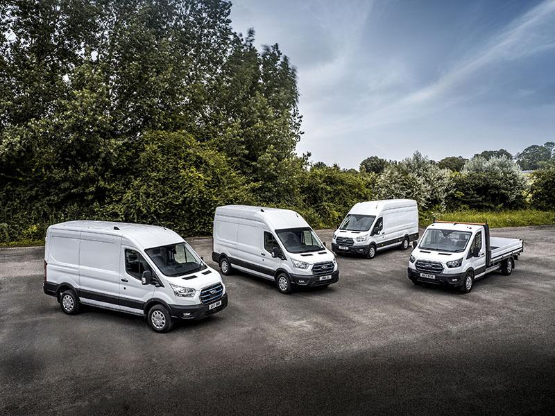 Pojazdy testowe zostały poddane modyfikacjom – we współpracy z autoryzowaną przez Forda siecią Qualified Vehicle Modifier – co pozwala na zaprezentowanie wszechstronności platformy E-Transita.